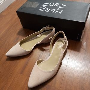 3/20 NWT Naturalizer Women's Banks Shoe